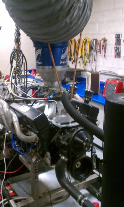 small block on superflow dyno